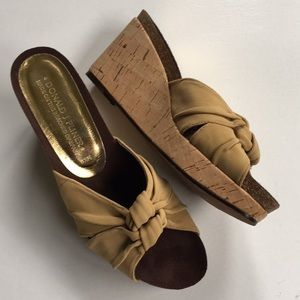 EUC Donald J. Pliner wedge sandals